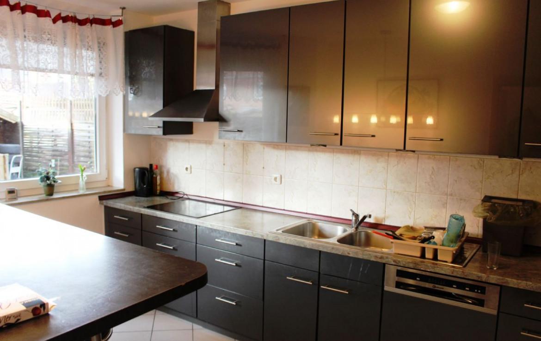 EG Küche mit EBK