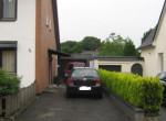 Zugang Haus und Garage