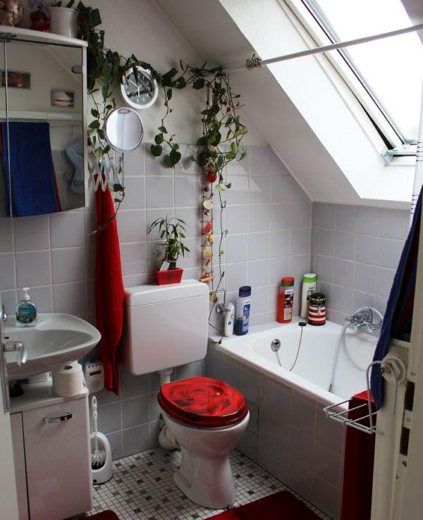 OG Fenster Badezimmer Zweizimmerwohnung
