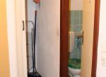 Hauptflur zum G-WC und Abstellkammer