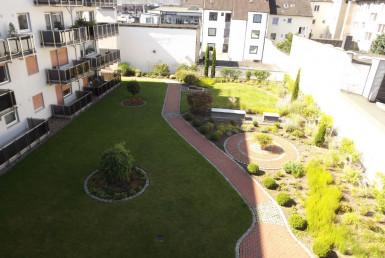 Blick in den Hausgarten
