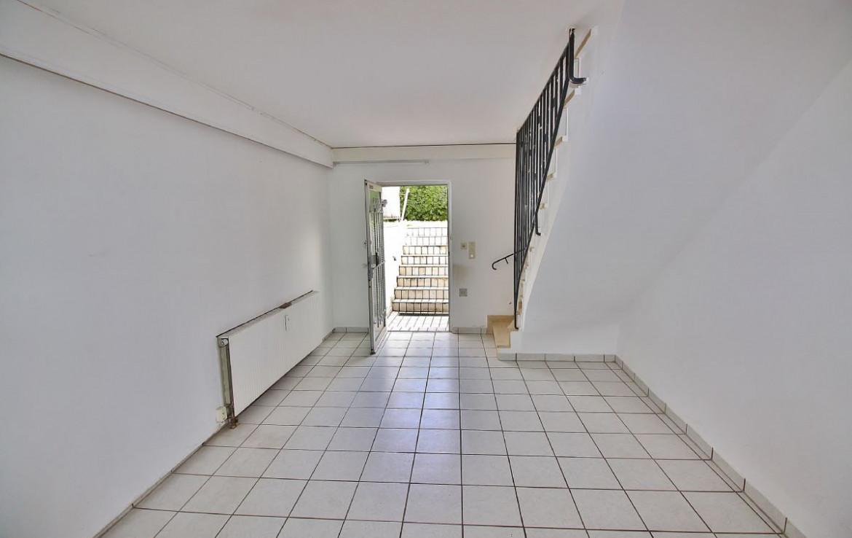 Eingangsbereich Souterrainwohnung