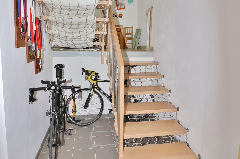 Treppe ins Kellergeschoss