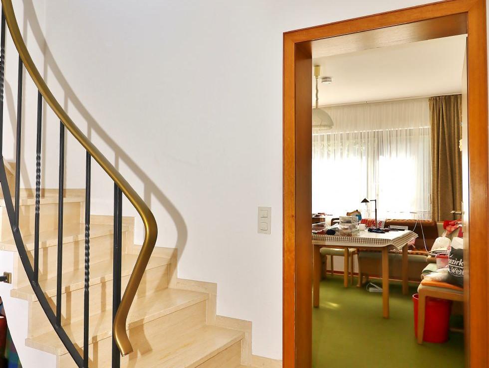 Treppe zum Tiefgeschoss