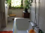 Bad mit Fenster Bild 1